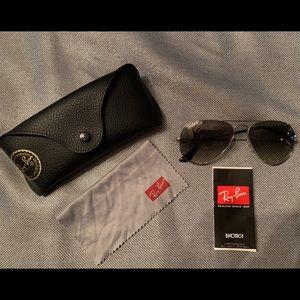Unisex Ray-Ban Aviator Sunglasses